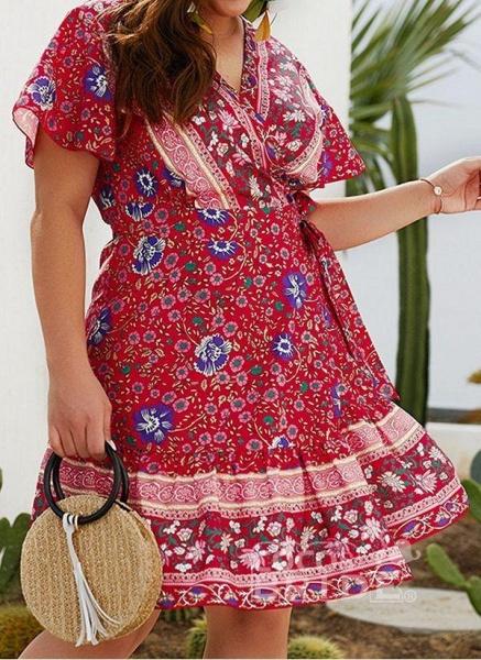 Red Plus Size Skater Floral V-Neckline Boho Sashes Plus Dress_2