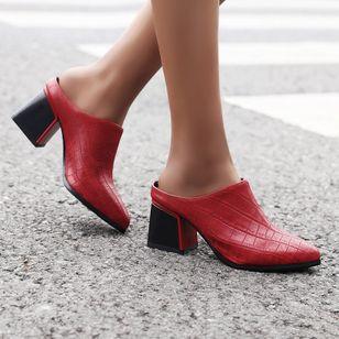 Women's Closed Toe Chunky Heel Sandals_2