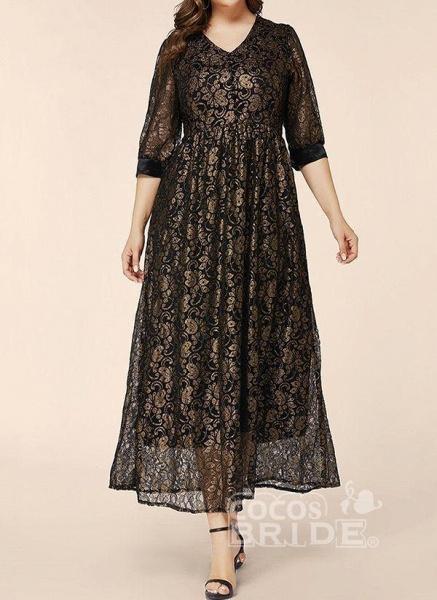 Black Plus Size Floral V-Neckline Elegant Lace Maxi Plus Dress_4