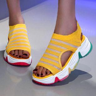 Women's Round Toe Fabric Flat Heel Sandals_1