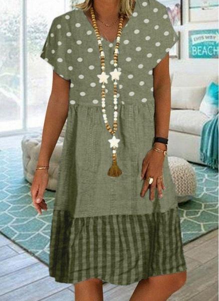 Khaki Plus Size Tunic Polka Dot V-Neckline Casual Knee-Length Plus Dress_3