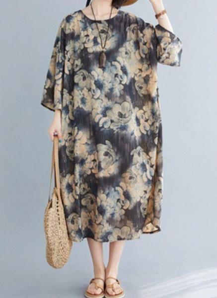 Dark Gray Plus Size Tunic Floral Round Neckline Casual Midi Plus Dress_1