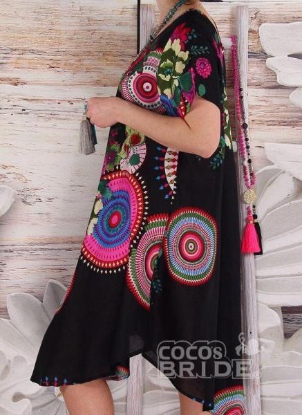 Black Plus Size Color Block Round Neckline Casual Knee-Length Shift Dress Plus Dress_2