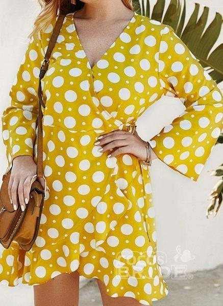 Yellow Plus Size Color Block V-Neckline Casual Maxi X-line Dress Plus Dress_4