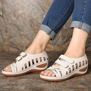 Women's Hollow-out Velcro Round Toe Low Heel Sandals_2