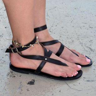 Women's Buckle Flip-Flops Flat Heel Sandals_7