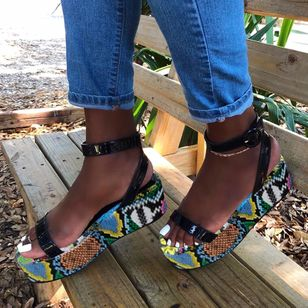 Women's Buckle Ankle Strap Slingbacks Leatherette Wedge Heel Sandals_4