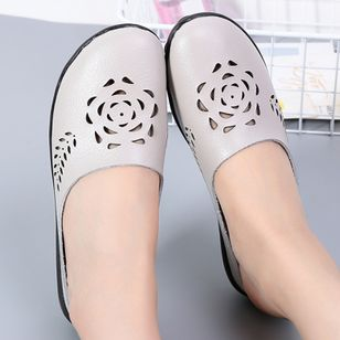 Women's Hollow-out Flower Closed Toe Slingbacks Flat Heel Sandals_9