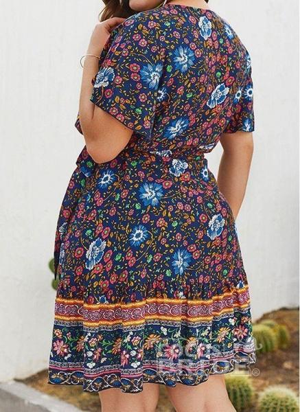 Red Plus Size Skater Floral V-Neckline Boho Sashes Plus Dress_4