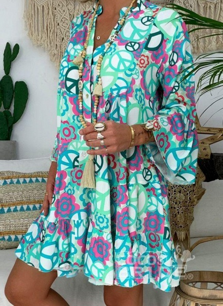 Blue Plus Size Peasant Floral V-Neckline Boho Above Knee Plus Dress_8
