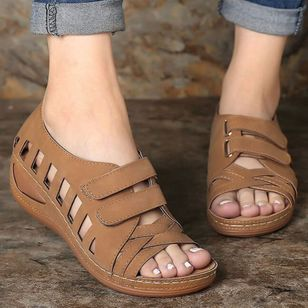 Women's Hollow-out Velcro Round Toe Low Heel Sandals_3