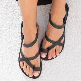 Women's Toe Ring Leatherette Flat Heel Sandals_3