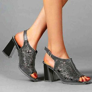 Women's Buckle Hollow-out Slingbacks Chunky Heel Sandals_4