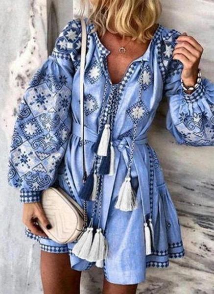 Blue Plus Size Skater Floral V-Neckline Casual Tassel Plus Dress_1