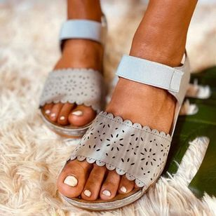 Women's Hollow-out Slingbacks Cloth Wedge Heel Sandals_5