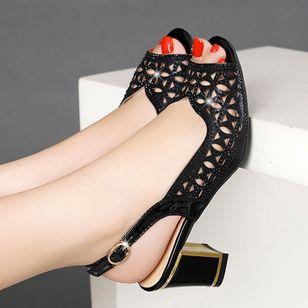 Women's Buckle Peep Toe Chunky Heel Sandals_1