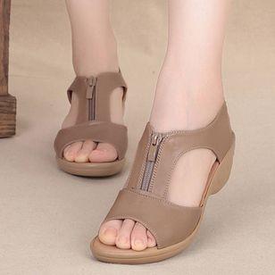 Women's Peep Toe Low Heel Sandals_2