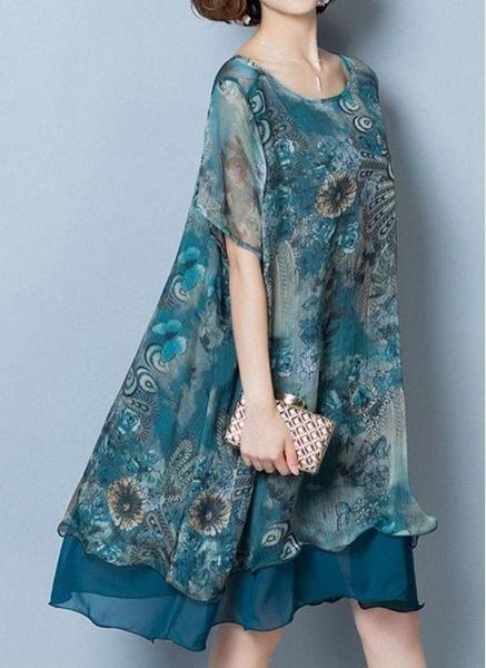 Dark Blue Plus Size Floral Round Neckline Casual Knee-Length Shift Dress Plus Dress_1