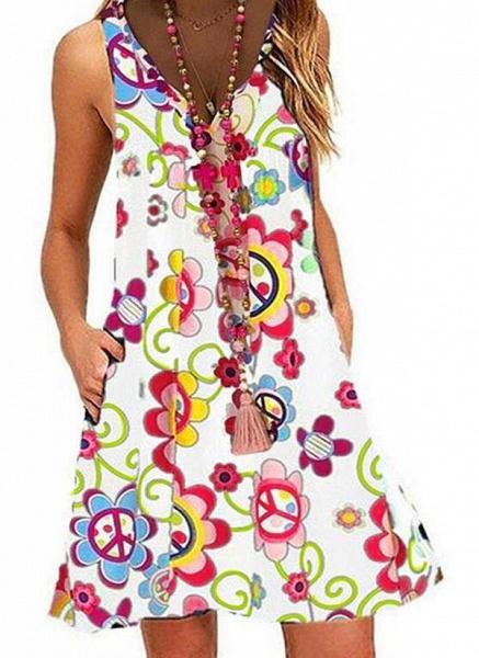 White Plus Size Tunic Floral V-Neckline Casual Pockets Plus Dress_1