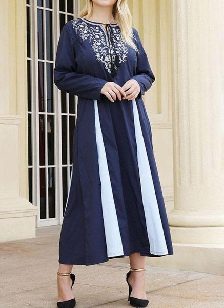 Dark Blue Plus Size Tunic Color Block Round Neckline Casual Midi Plus Dress_1