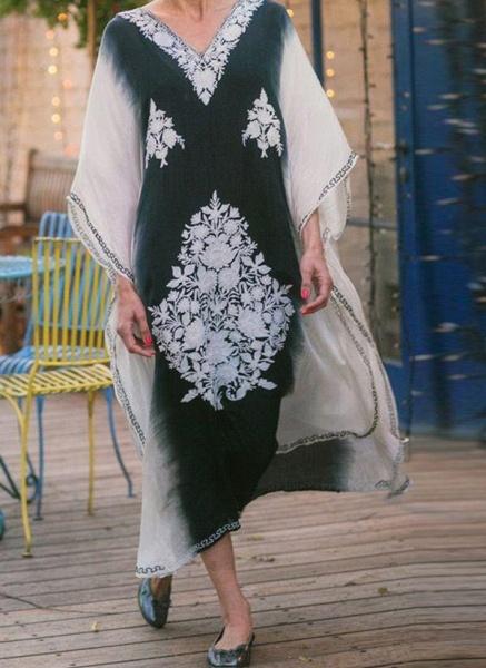 Black Plus Size Tunic Color Block V-Neckline Casual Midi Plus Dress_1
