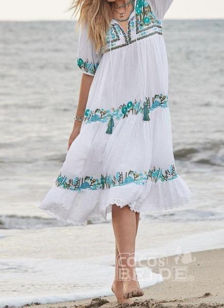 Mint Green Plus Size Tunic Floral V-Neckline Boho Tassel Plus Dress_3
