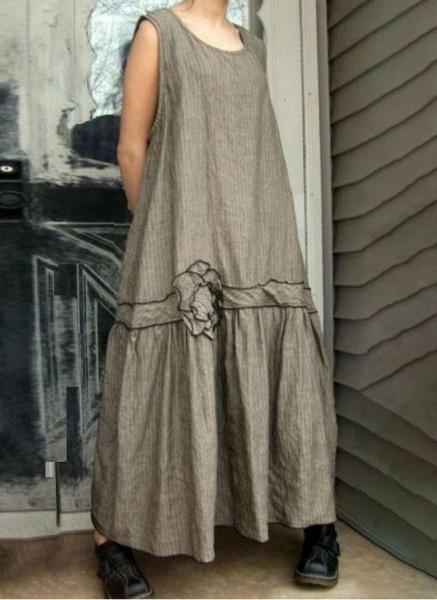 Khaki Plus Size Tunic Floral Round Neckline Casual Maxi Plus Dress_1
