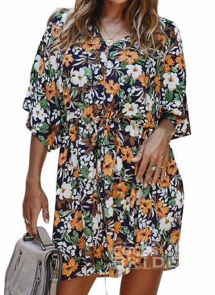 Yellow Plus Size Floral V-Neckline Casual Ruffles Above Knee Plus Dress_4