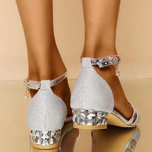 Women's Crystal Buckle Low Top Low Heel Sandals_3