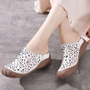 Women's Hollow-out Flower Slingbacks Flat Heel Sandals_1