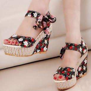 Women's Lace-up Flower Slingbacks Cloth Wedge Heel Sandals_1