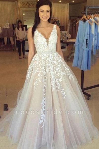 Elegant Appliques V-neck Tulle A-line Wedding Dress_2