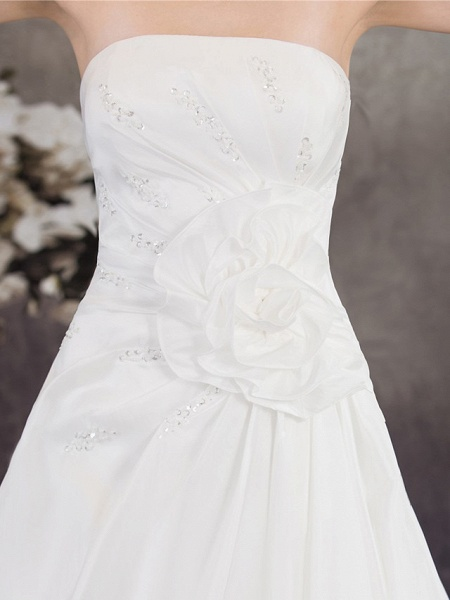 A-Line Strapless Chapel Train Taffeta Strapless Wedding Dresses_6