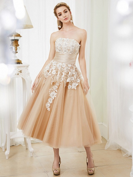 Ball Gown Wedding Dresses Strapless Tea Length Lace Satin Tulle Strapless Romantic Casual Illusion Detail_3
