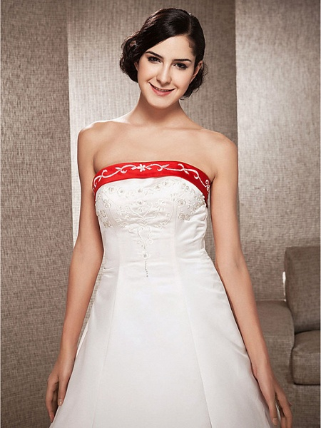 Ball Gown Wedding Dresses Strapless Sweep \ Brush Train Satin Strapless Glamorous Plus Size Red_7