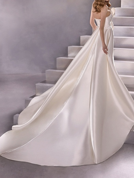 A-Line Wedding Dresses Strapless Court Train Satin Sleeveless Country Plus Size_2