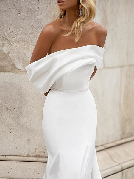 Mermaid \ Trumpet Wedding Dresses Off Shoulder Court Train Satin Short Sleeve Country Plus Size_2