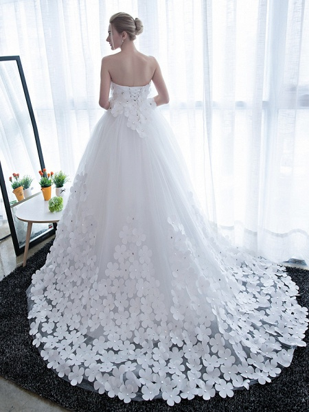 Ball Gown Wedding Dresses Strapless Chapel Train Satin Tulle Strapless Sparkle & Shine_5