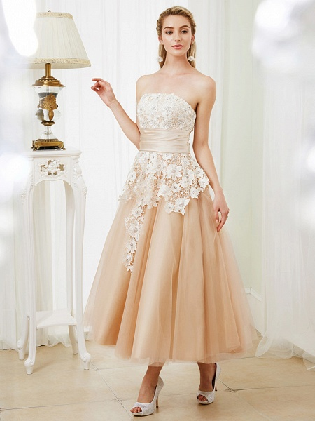 Ball Gown Wedding Dresses Strapless Tea Length Lace Satin Tulle Strapless Romantic Casual Illusion Detail_4