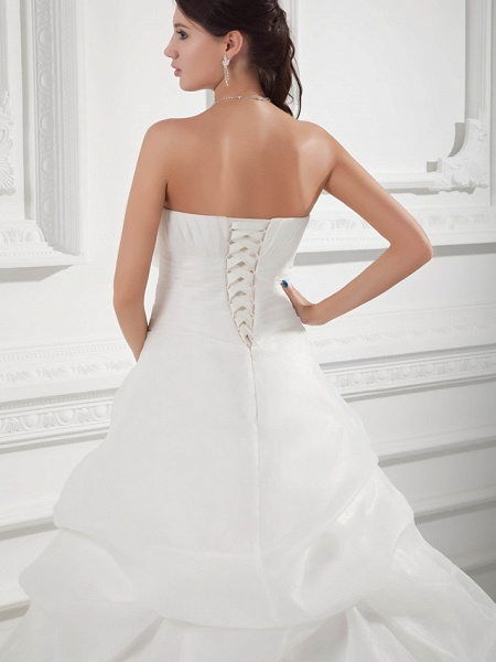 A-Line Sweetheart Neckline Chapel Train Organza Satin Strapless Wedding Dresses_5