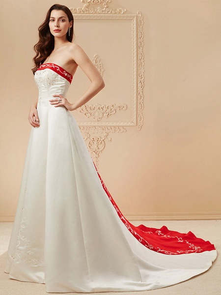 Ball Gown Wedding Dresses Strapless Sweep \ Brush Train Satin Strapless Glamorous Plus Size Red_8