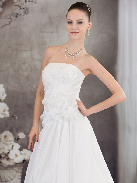 A-Line Strapless Chapel Train Taffeta Strapless Wedding Dresses_4