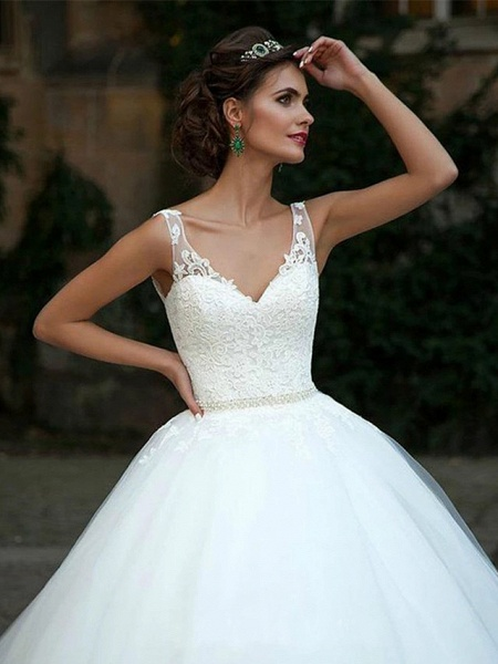 Ball Gown Wedding Dresses V Neck Court Train Lace Tulle Spaghetti Strap Country Illusion Detail Backless_5