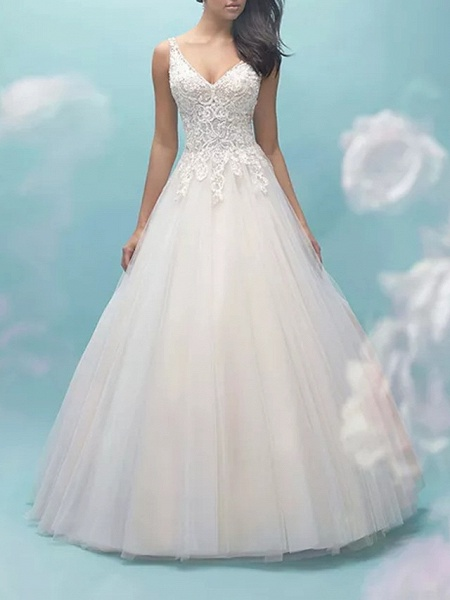 Ball Gown V Neck Sweep \ Brush Train Lace Tulle Sleeveless Formal Casual Plus Size Wedding Dresses_1