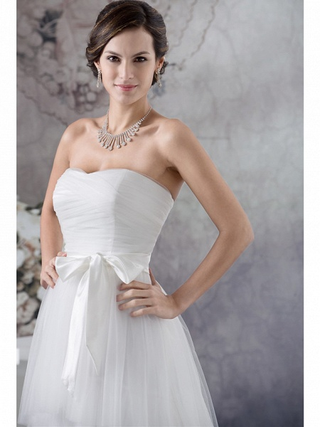 A-Line Wedding Dresses Strapless Sweep \ Brush Train Satin Tulle Strapless_4