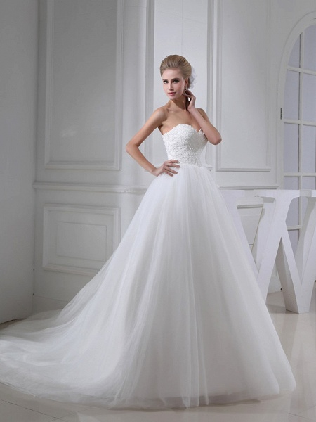 A-Line Sweetheart Neckline Chapel Train Lace Satin Tulle Strapless Wedding Dresses_2