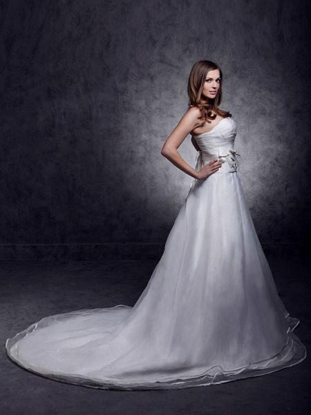 Princess A-Line Wedding Dresses Strapless Sweetheart Neckline Court Train Organza Satin Sleeveless_6