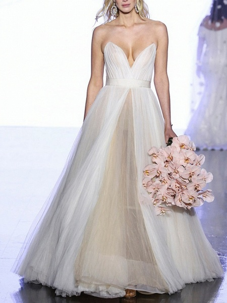 A-Line Wedding Dresses Sweetheart Neckline Sweep \ Brush Train Tulle Strapless Plus Size_3
