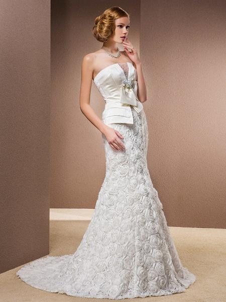 Mermaid \ Trumpet Wedding Dresses Strapless Court Train Lace Over Satin Strapless Sexy Plus Size_3