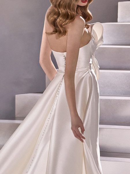 A-Line Wedding Dresses Strapless Court Train Satin Sleeveless Country Plus Size_3